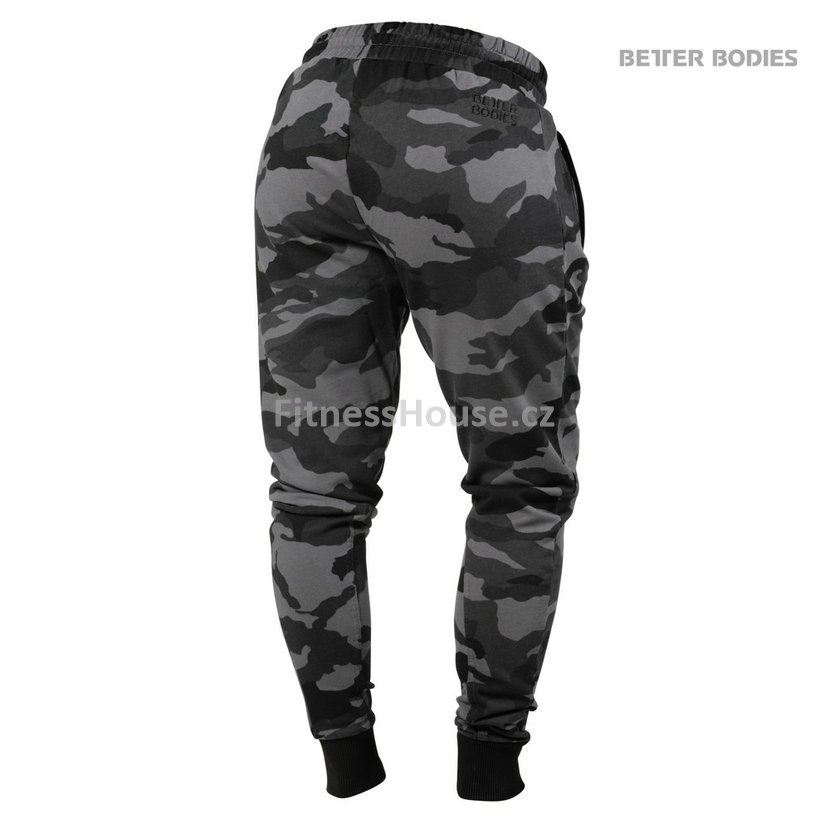 38cd1f46e9a7 Better Bodies JOGGER SWEATPANTS DARK CAMO – tepláky Better Bodies ...