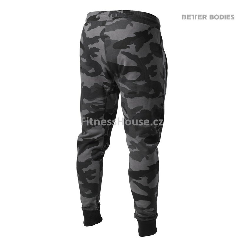 4210fe679713 Better Bodies TAPERED JOGGERS DARK CAMO – tepláky Better Bodies ...